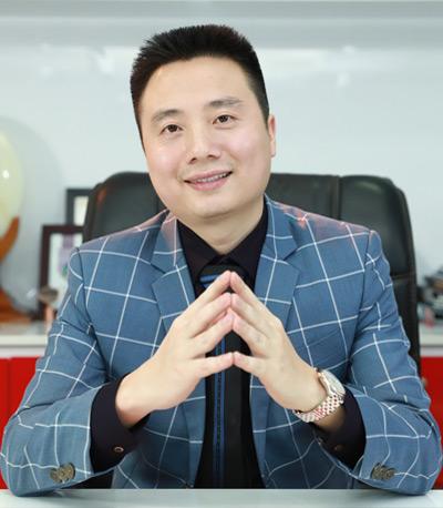 Ông Nguyễn Nguyên Hồng - Chủ tịch kiêm Tổng giám đốc