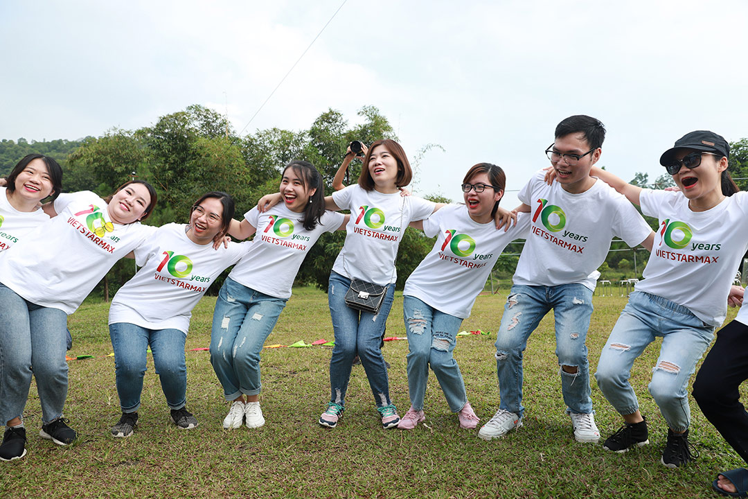 images/vietstarmax-team-building-2019.jpg